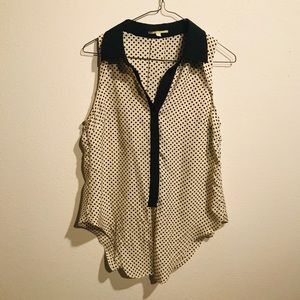 Sleeveless Gianni Bini Front Tie Blouse